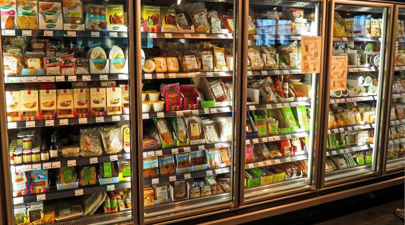 Global Commercial Refrigeration Equipment Market