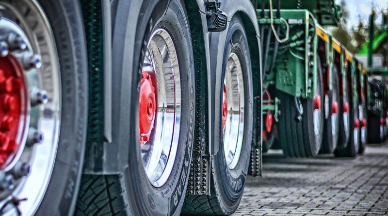 Heavy Trucks Market