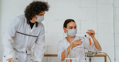 Global Molecular Diagnostics Devices And Equipment Market