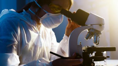 Global Point-of-Care Diagnostics Devices And Equipment Market