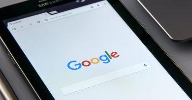 Web Content, Search Portals And Social Media Market
