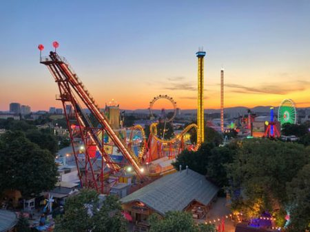 Amusement Parks And Arcades Market